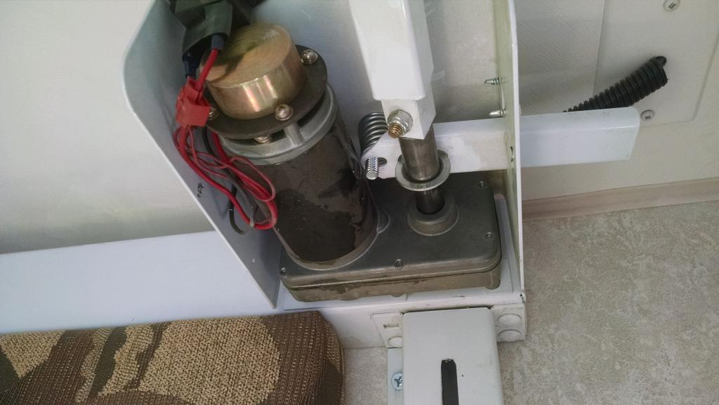Electric Bed Lift Noise  U0026 Failure - Toyhauler   Rv Talk