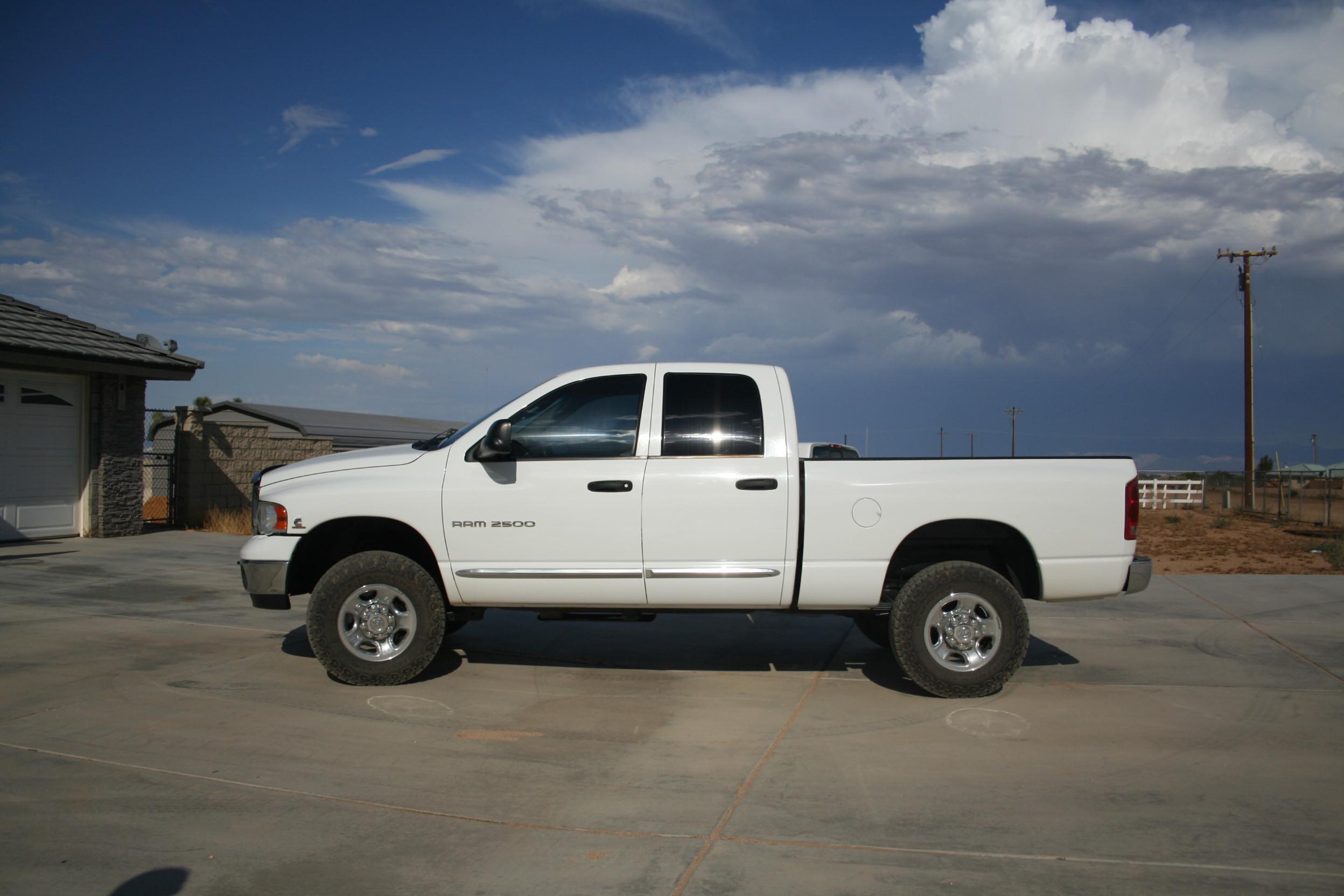 2005 dodge ram 2500 quad cab 4wd trucks autos for sale dumont dune riders. Black Bedroom Furniture Sets. Home Design Ideas