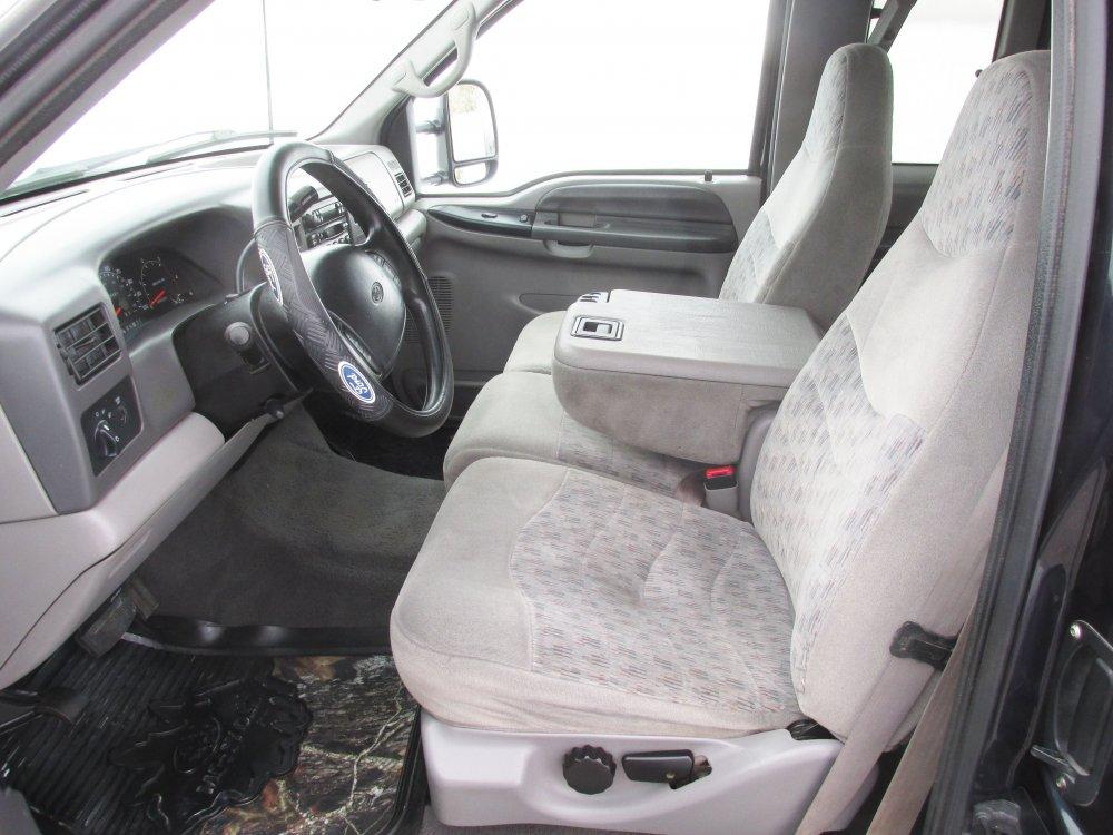 driver seat.JPG
