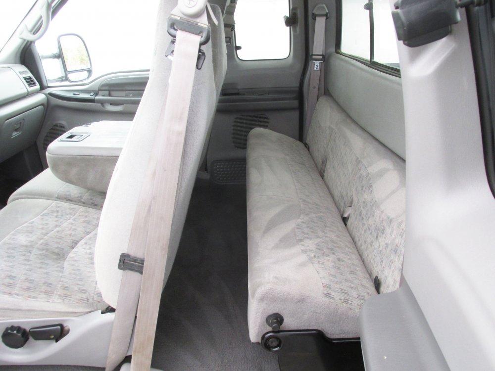 driver rear seat.JPG