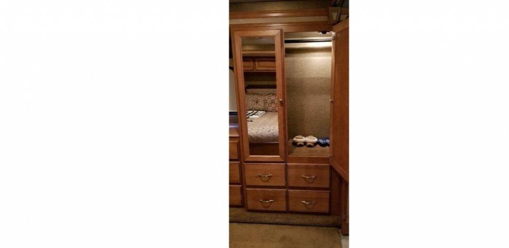 Bedroom Closet (1024x498).jpg