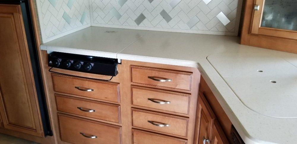 Kitchen Area2 (1024x498).jpg