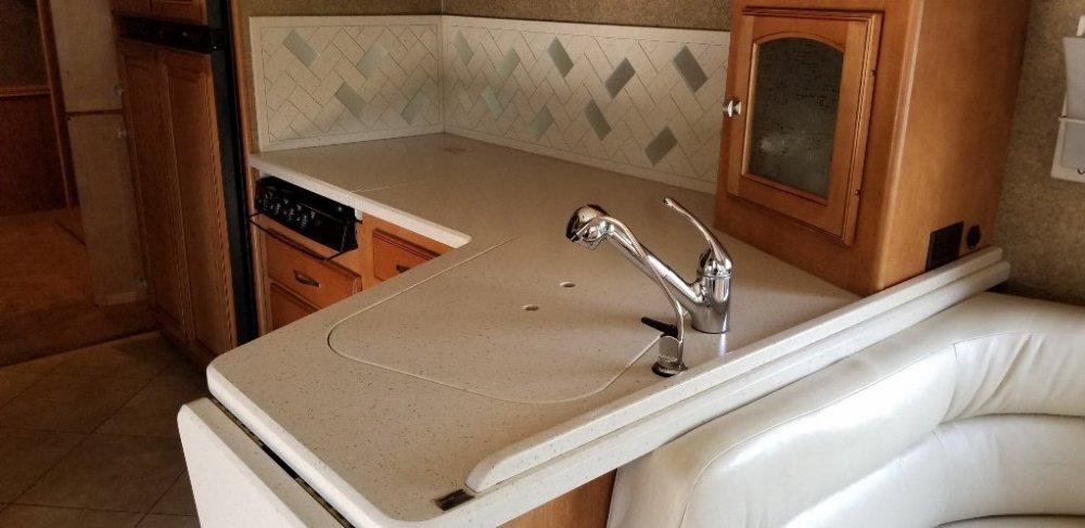 Kitchen Area1 (1024x498).jpg